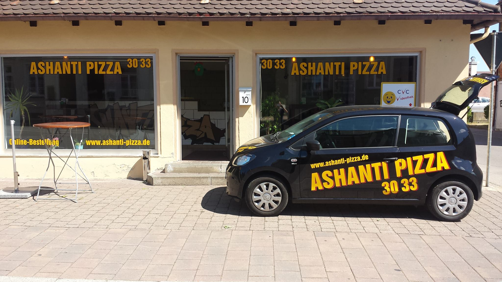 Ashanti Pizza's!